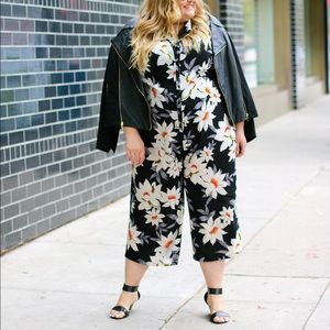 Simply Be Pants - Floral Culotte Jumpsuit